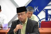 Kepala Pusat Pengembangan dan Pelindungan, Dr. Hurip Danu Ismadi memberikan informasi pengelolan jurnal di Badan Bahasa