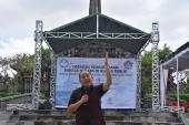 """Joseph Theodorus Wulianadi, atau lebih dikenal dengan nama """"Pak Joger"""" memberikan pandangan terkait bahasa Indonesia"""