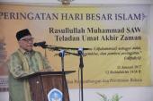 KH. Muhammad Nasir sedang menyampaikan ceramahnya
