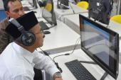 Mendikbud mencoba Tes Uji Kemahiran Berbahasa Indonesia (UKBI)