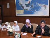 Kunjungan Siswa Sekolah Dasar Malaysia Ke Badan Bahasa