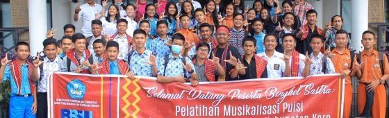 Bengkel Musikalisasi Puisi di Kaki Gunung Sinabung