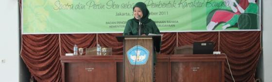 Badan Bahasa Menggelar Seminar Sehari Hari Ibu
